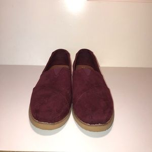 Maroon Toms shoes!